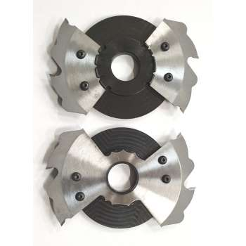 Blade holder to groove...
