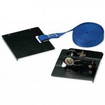 Premere sul cinturino e cricchetto per l'installazione di un pavimento galleggiante