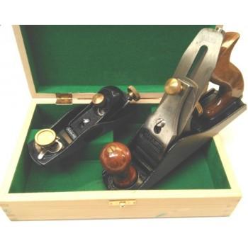Coffret d'outils de traçage avec 1 varlope et 1 rabot